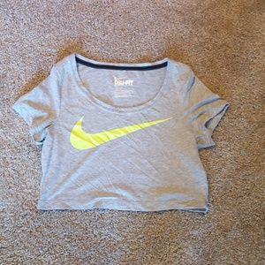 NWOT Nike crop top